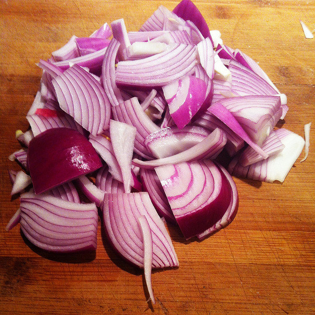 a trick for cooking onions